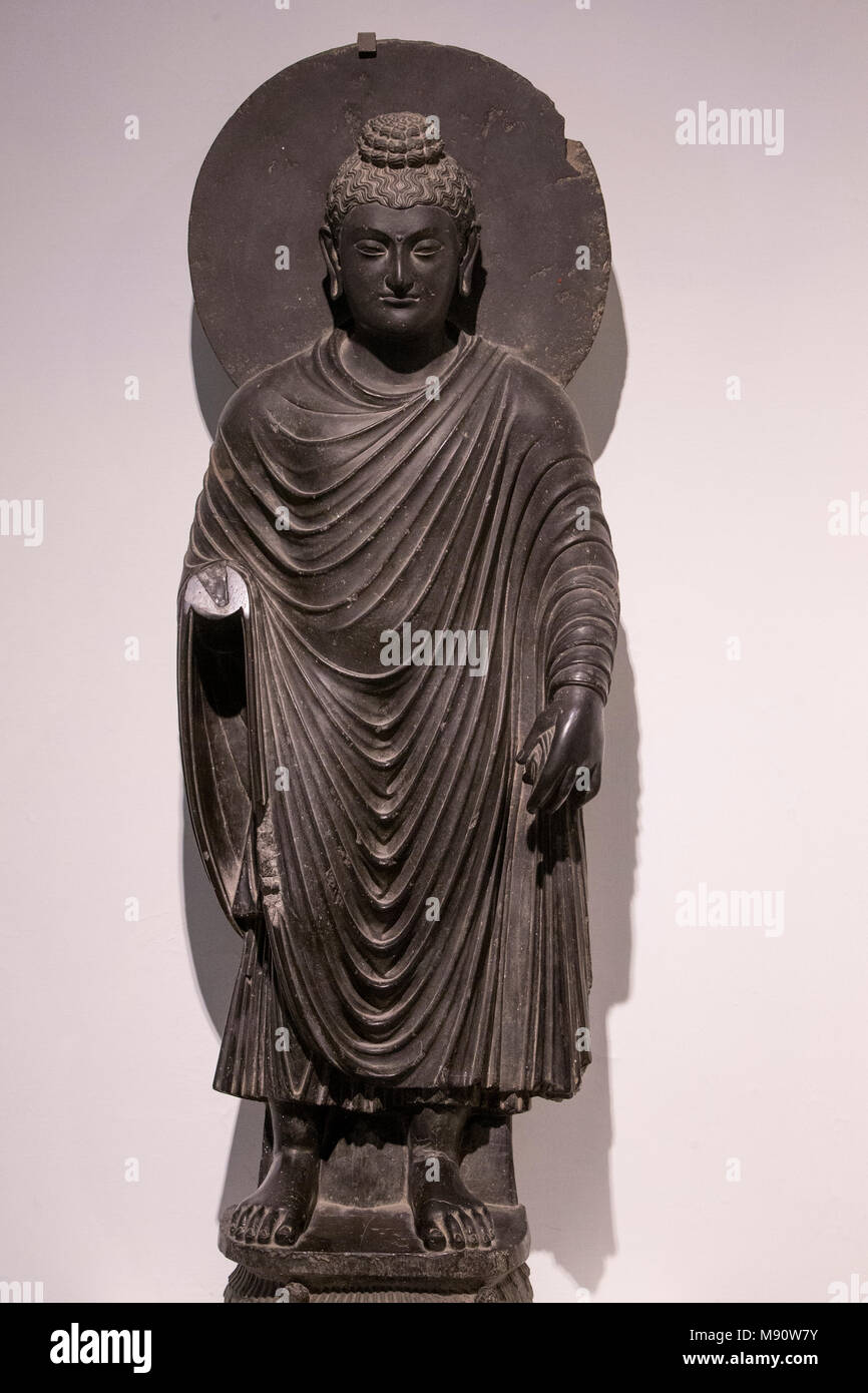 National Museum Of India Delhi Standing Buddha Kushana 2nd Century A D Gandhara Schist India Stock Photo Alamy
