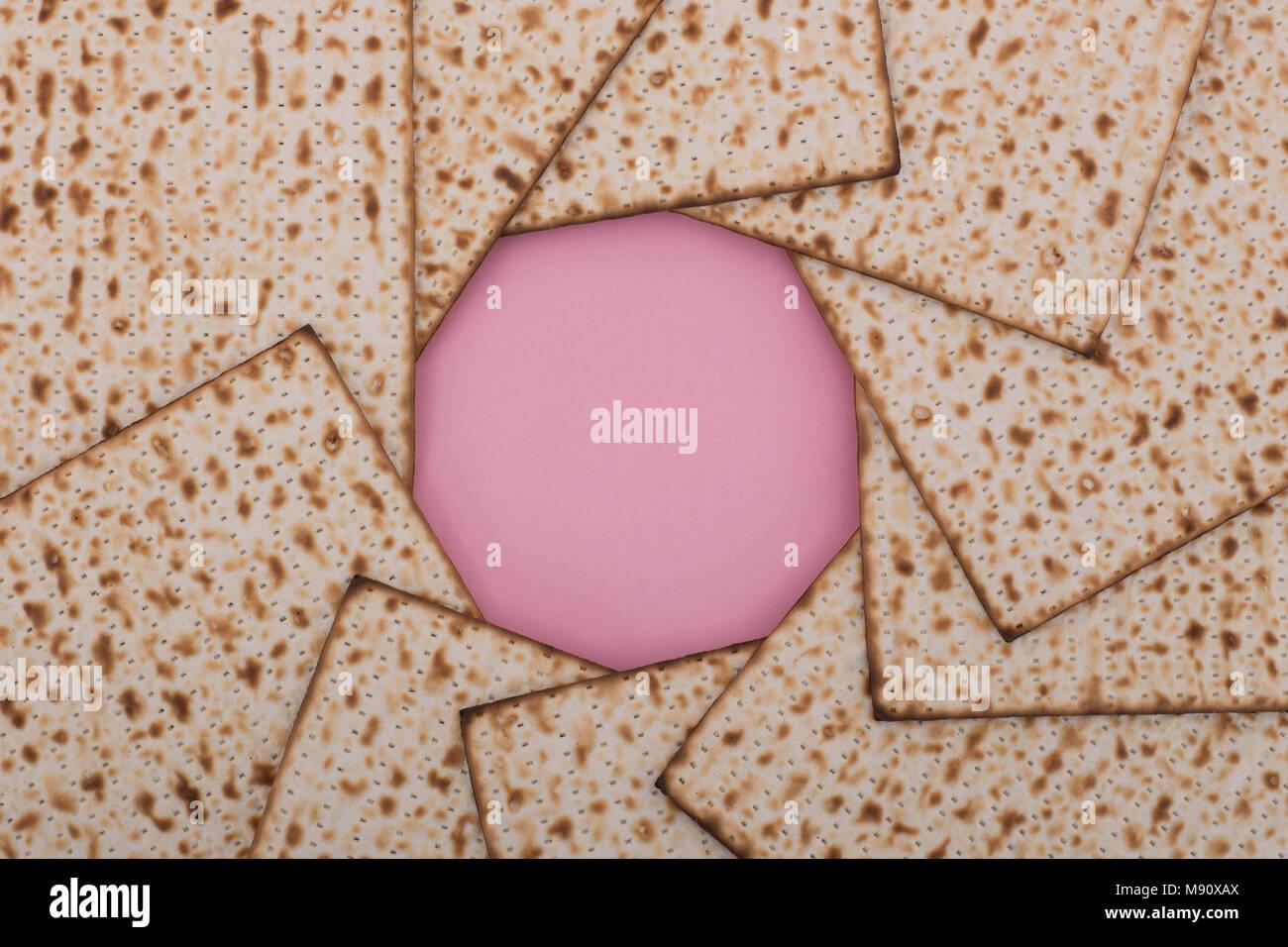Passover background pesach matzah mandala pink background Jewish holiday traditional food mock up design flat lay - Stock Image