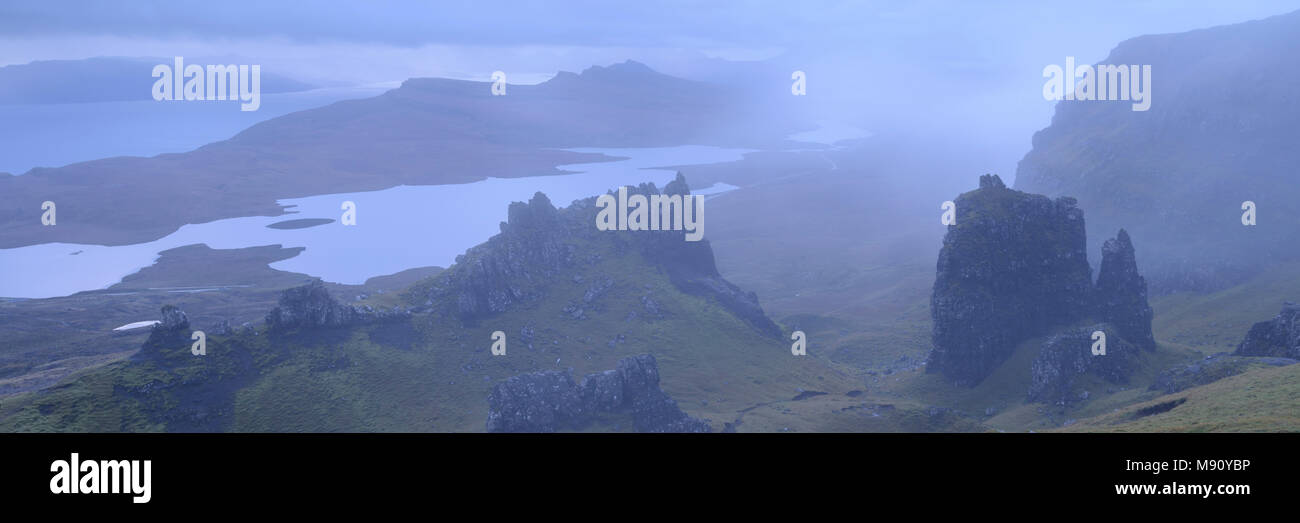 Dramatic rocky outcrops near the Old Man of Storr at dawn, Isle of Skye, Scotland. Autumn (November) 2017. - Stock Image