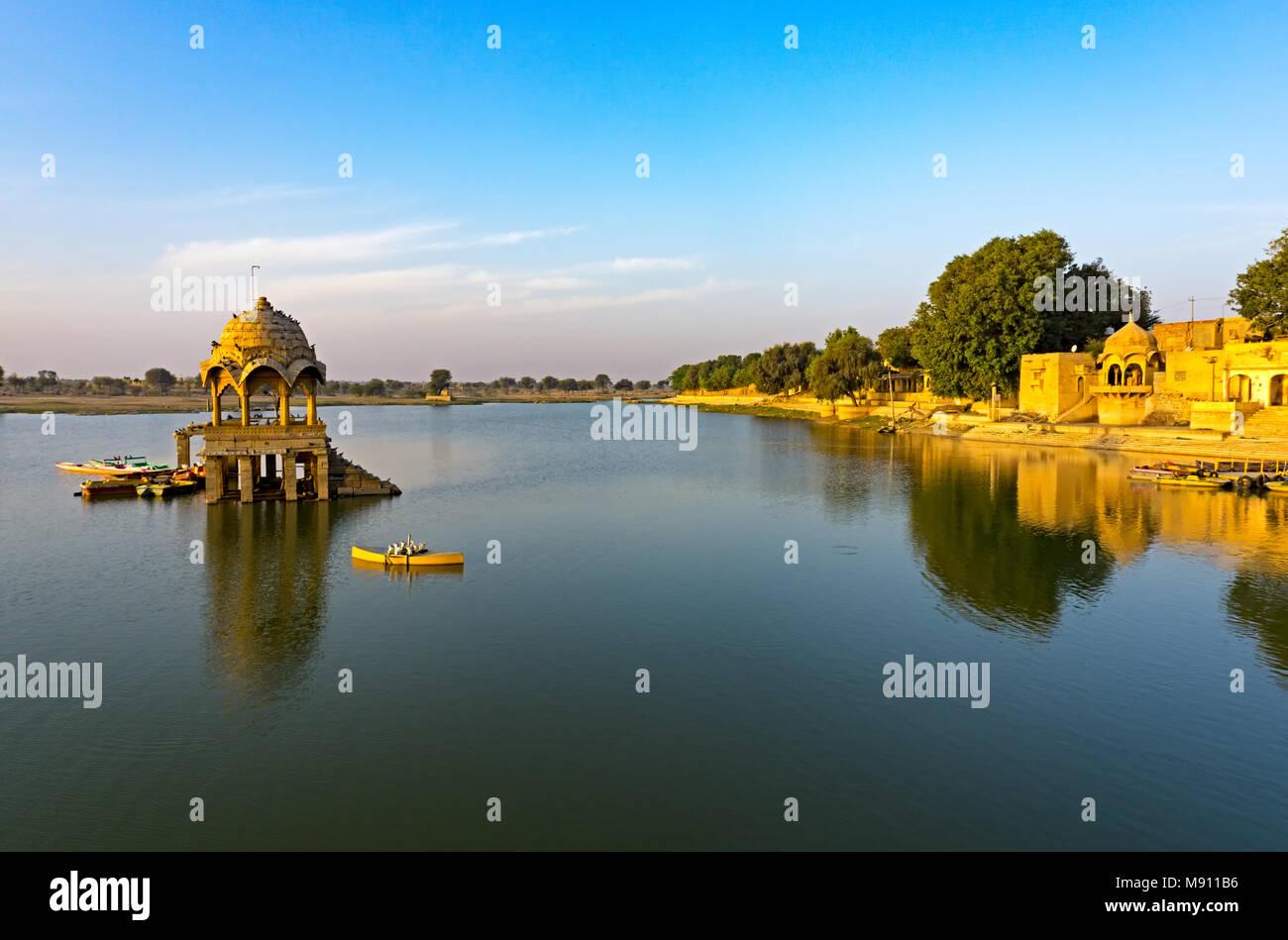 View of Gadi Sagar temple at Gadisar lake in Jaisalmer, Rajasthan, India. Stock Photo