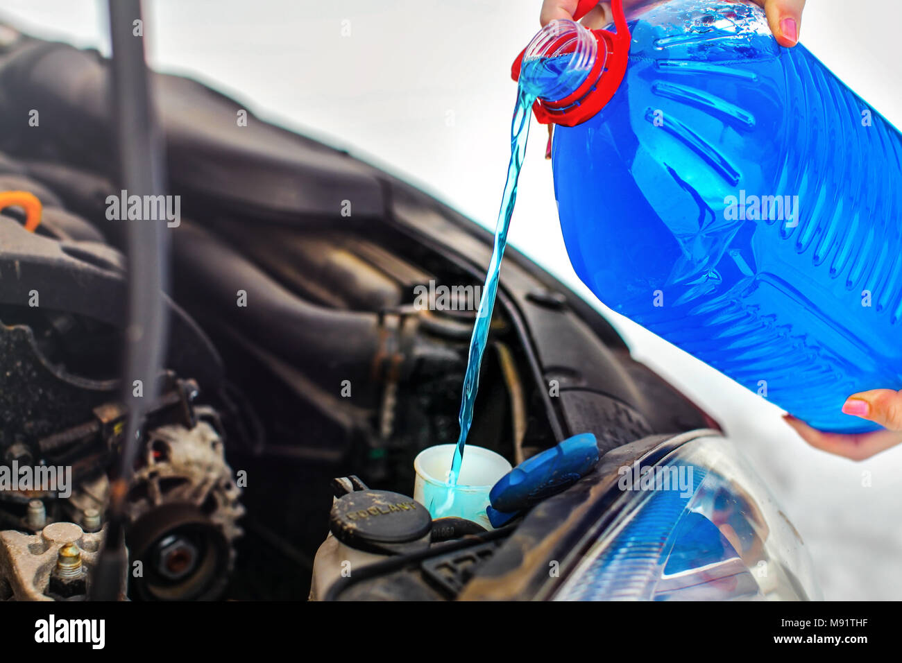 Anti Freeze Stock Photos Images Alamy Frozen Engine Coolant Woman Pouring Antifreeze Car Screen Wash Liquid Into Dirty From Blue Water Container