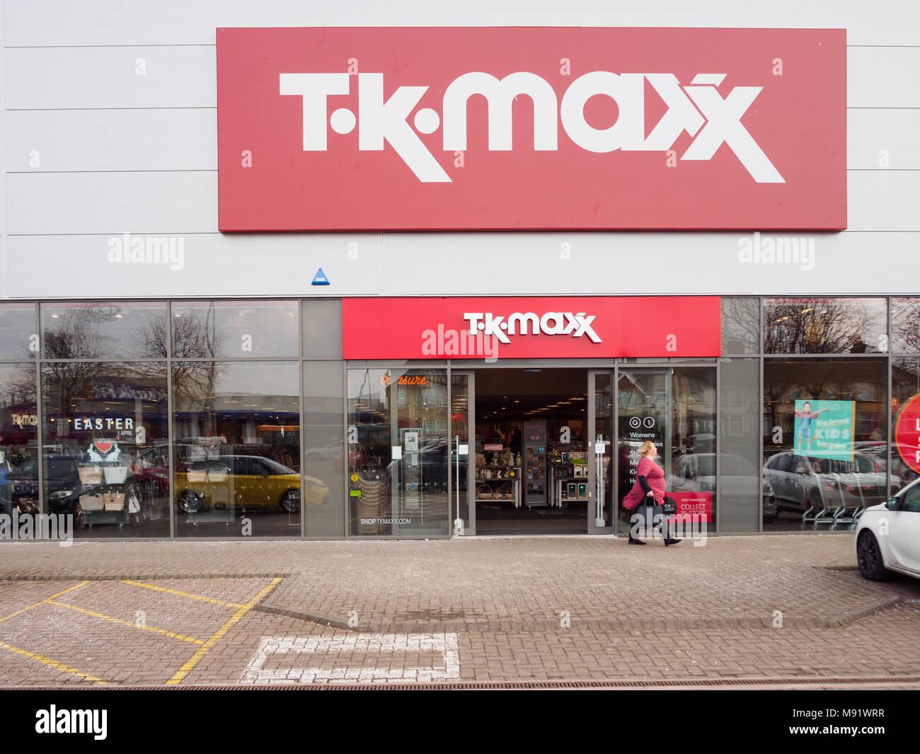 Tk Maxx Stock Photos & Tk Maxx Stock Images - Alamy