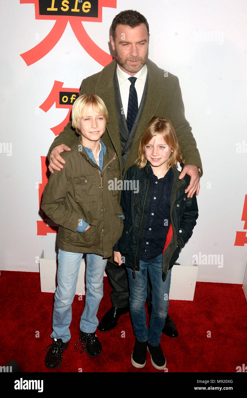 Liev Schreiber and his sons Alexander Pete Schreiber and Samuel Kai Schreiber attending the 'Isle of Dogs' screening at the Metropolitan Museum of Art on March 20, 2018 in New York City. - Stock Image