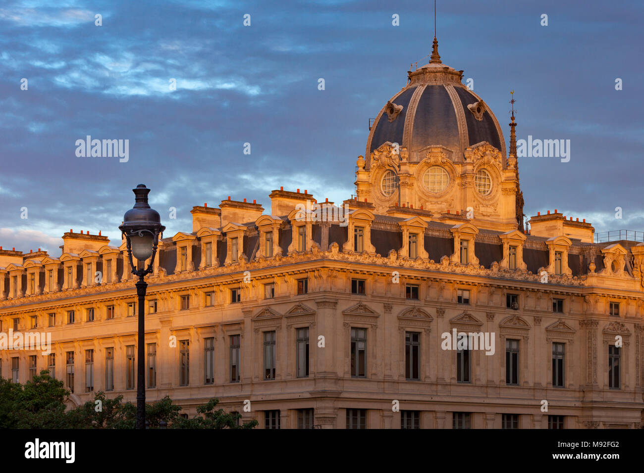 Ile de re stock photos ile de re stock images alamy - Greffe du tribunal de commerce salon de provence ...