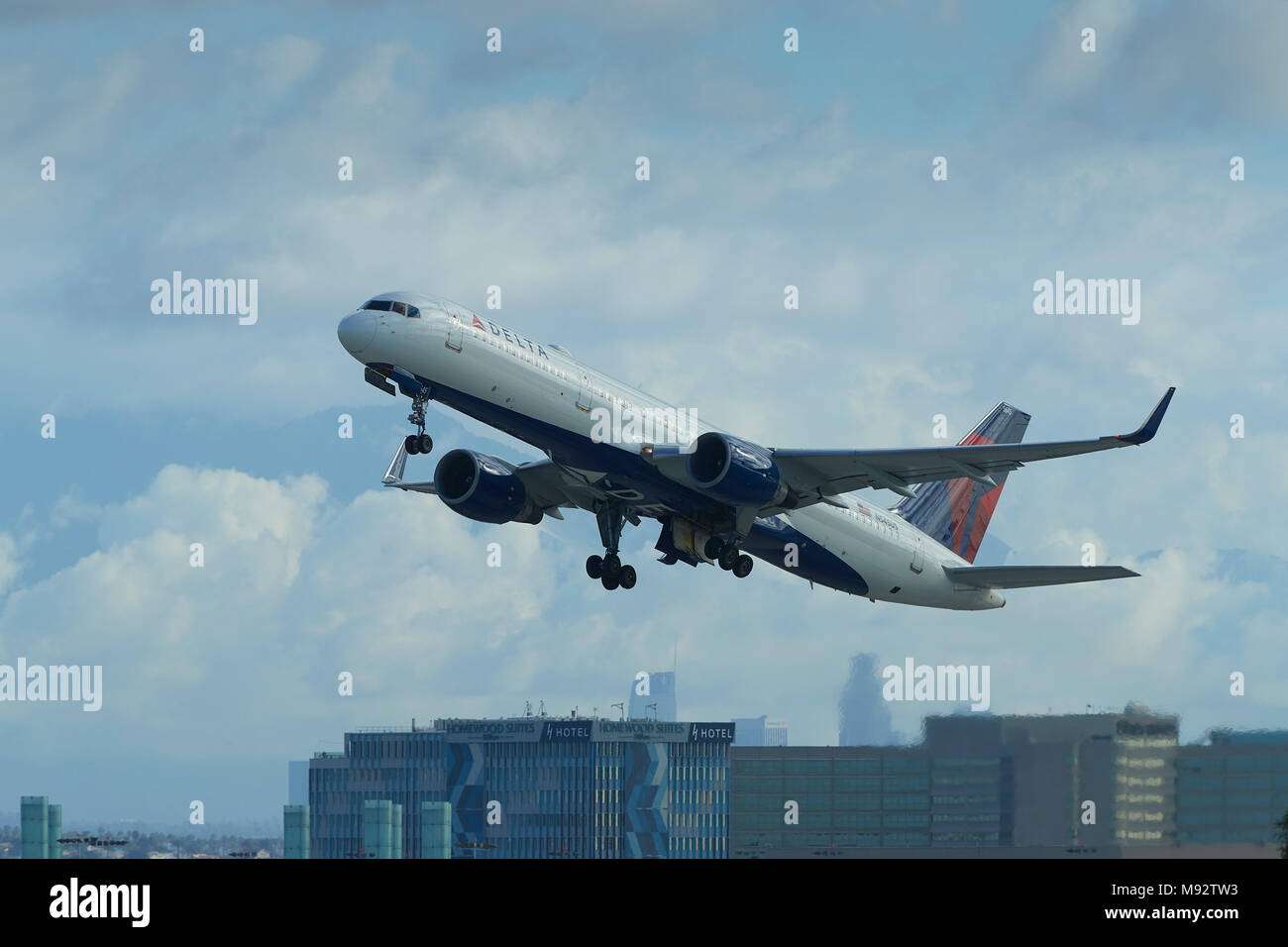 Delta Air Lines Boeing 757 Jet Airliner, Climbing Away From Los Angeles International Airport, LAX, California, USA. Stock Photo