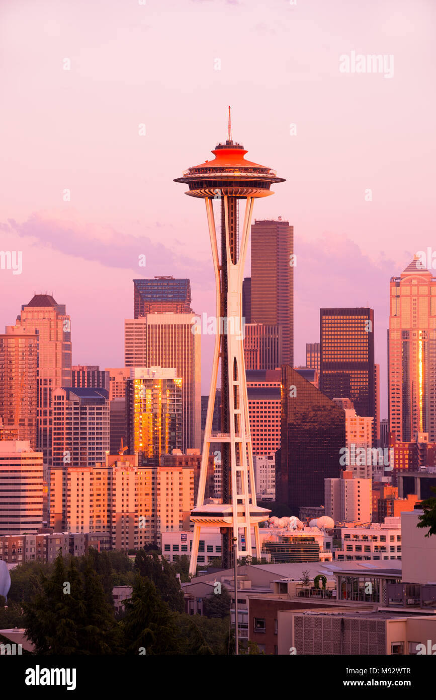 Seattle, Washington, United States -  Space Needle and skyline of downtown buildings at sunset - Stock Image