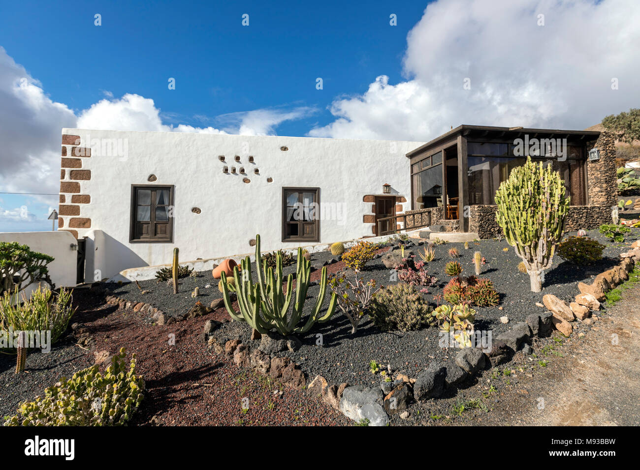 Casa rural spain stock photos casa rural spain stock for Casa rural mansion terraplen seis
