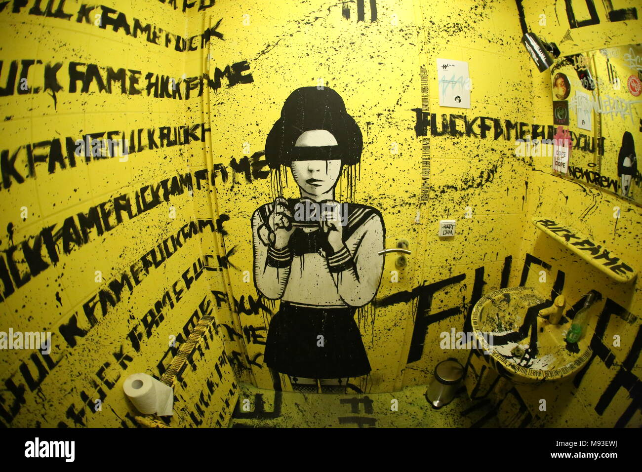 Berlin Wall Art Project Stock Photos & Berlin Wall Art Project Stock ...