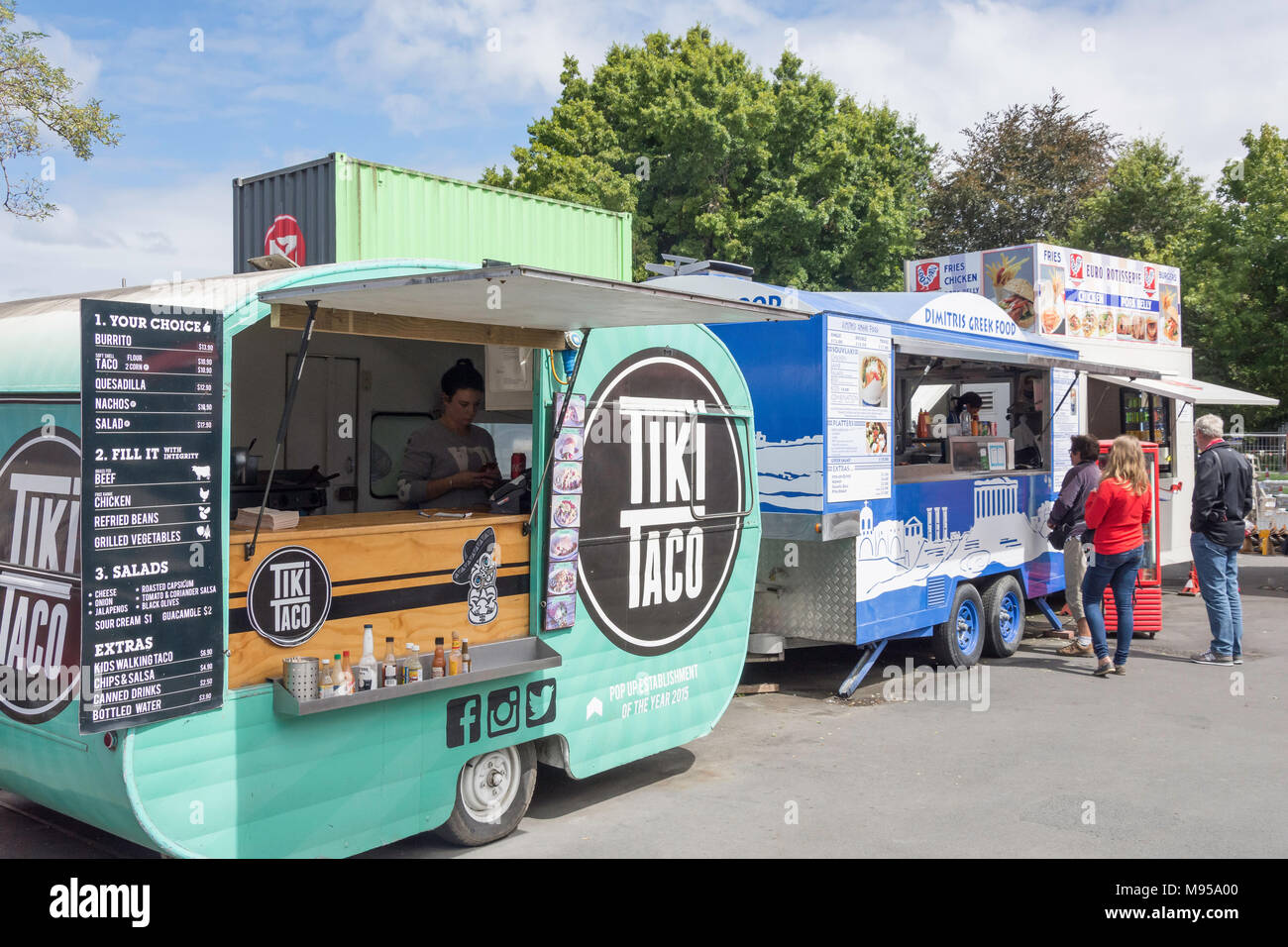 Fast food trailers, Container Mall, Cashel Street, Christchurch Central, Christchurch, Canterbury, New Zealand - Stock Image