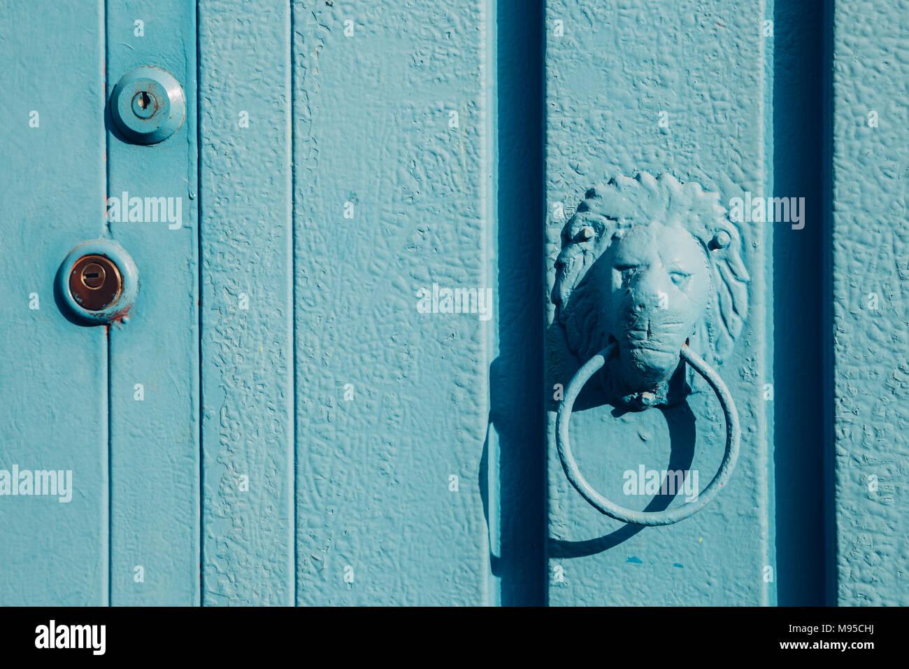 Korean Door Handle Stock Photos & Korean Door Handle Stock Images ...