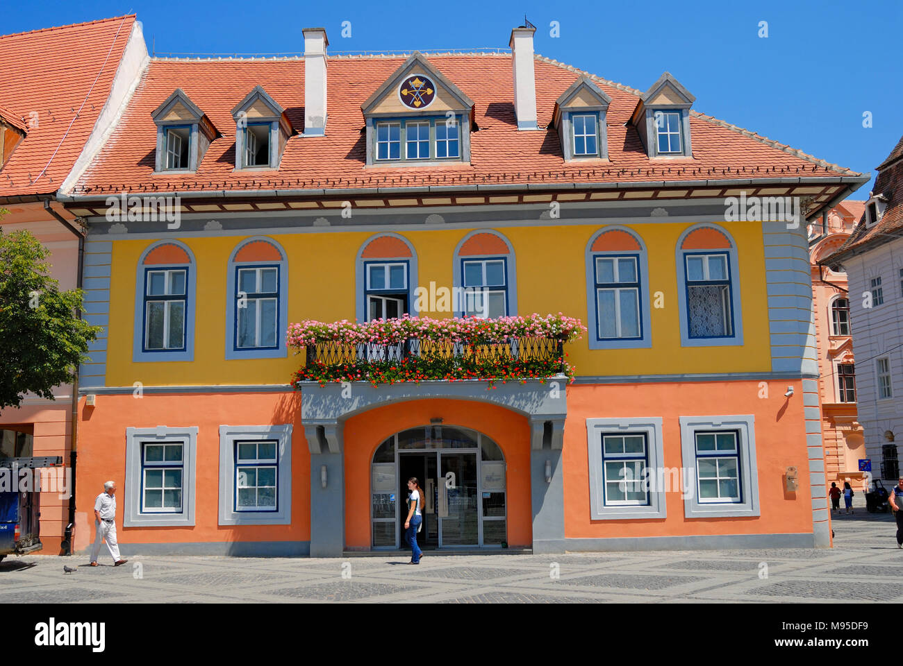 Sibiu, Transylvania, Romania. Anglo Romanian Bank in Piata Mare (square) - Stock Image