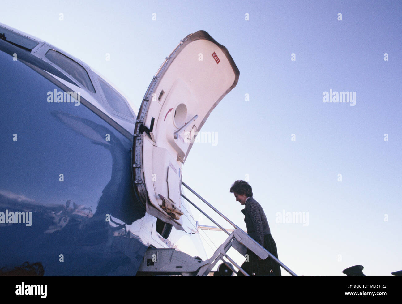"First Lady boards White House jet from Florida in February 1982.  This is part of an anit dug campaign , :Just Say No""   Photograph by Dennis Brack - Stock Image"