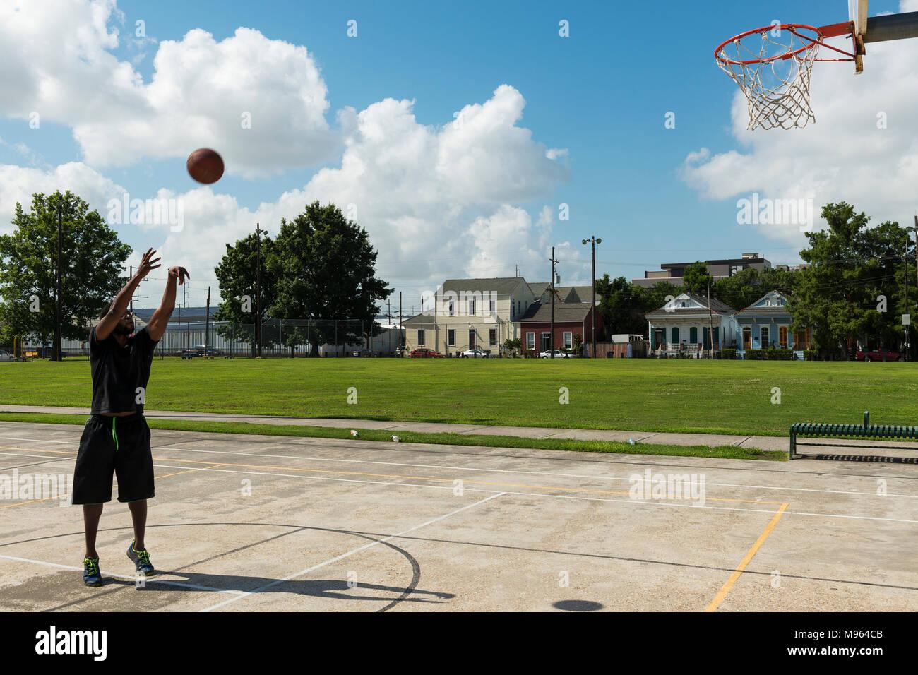 street basketball usa stock photos street basketball usa stock images alamy. Black Bedroom Furniture Sets. Home Design Ideas