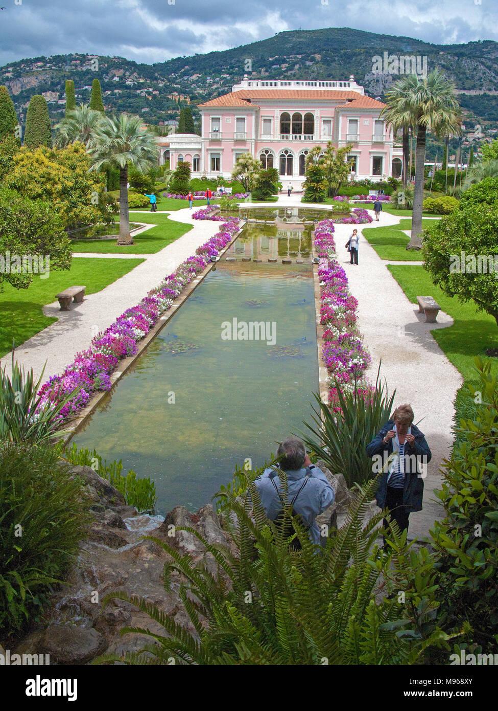 Marvellous garden and park at Villa Ephrussi de Rothschild, tuscan architecture at Cape Ferrat, South France, Var, Cote Azur, France, Europe - Stock Image