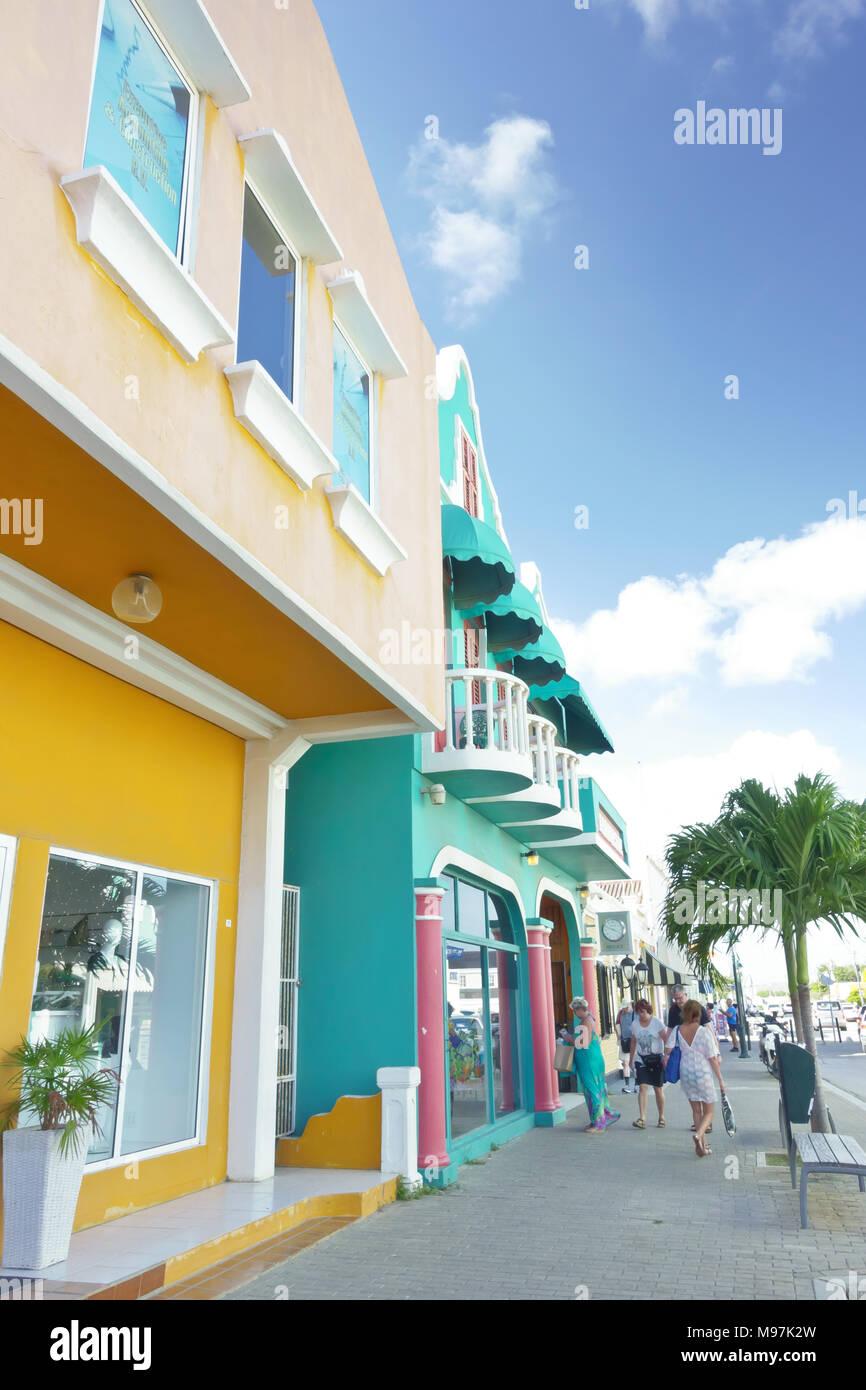 Colorful buildings on the mailn shopping street in Kraledijk, Bonaire, Dutch Antilles, Caribbean Sea, - Stock Image