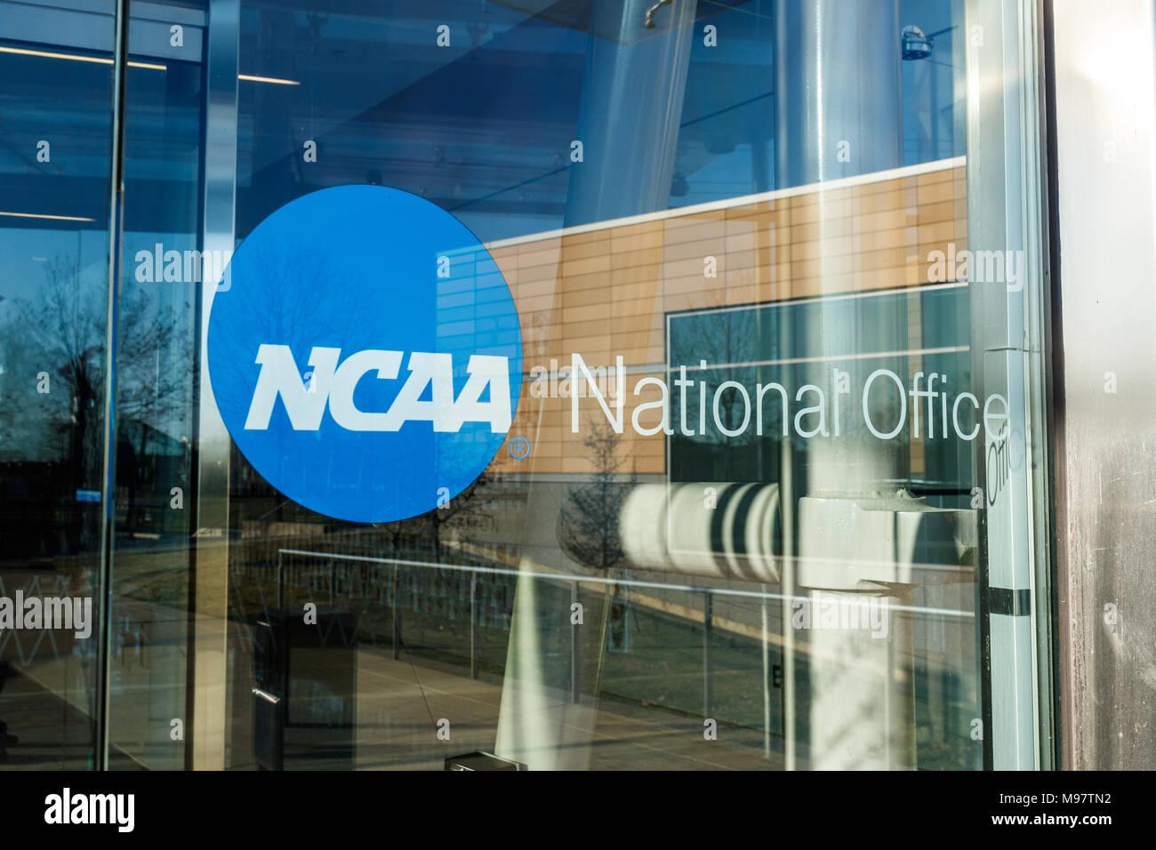 Collegiate Basketball Stock Photos & Collegiate Basketball Stock ...