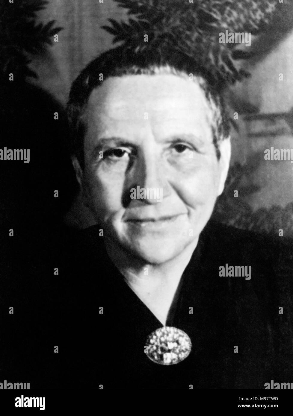 Gertrude Stein (1874-1946). Portrait of the American novelist and playwright by Carl Van Vechten, c.1934. - Stock Image