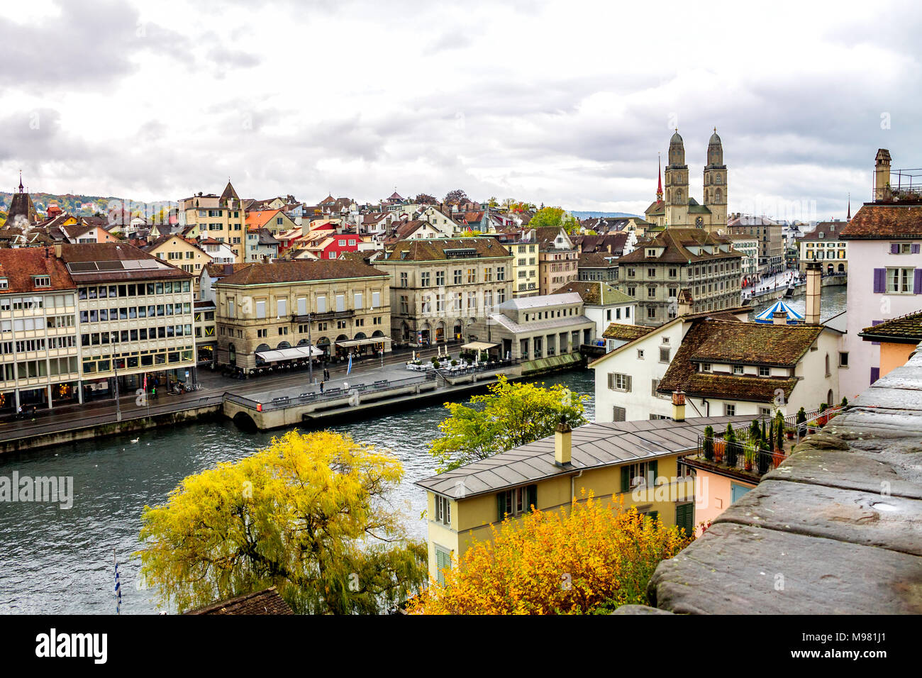 Switzerland, Zurich, view to the city with Great Minster and Limmat River - Stock Image