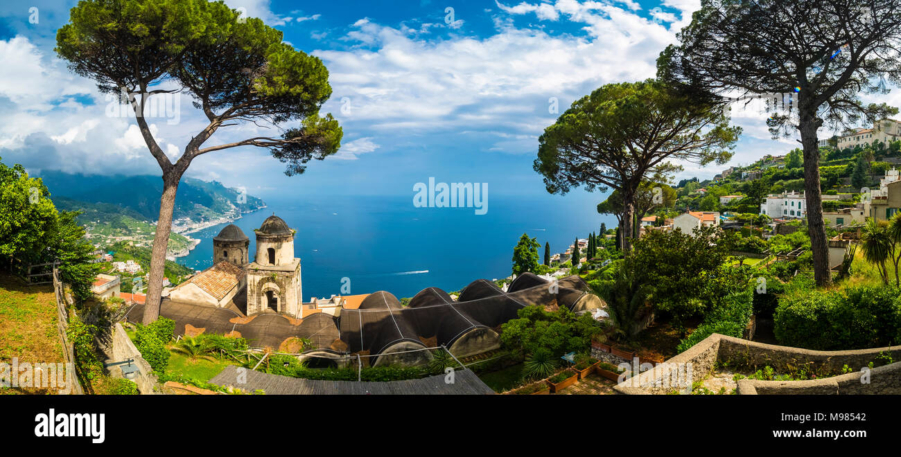 Italy, Campania, Amalfi coast, Ravello, View of coast and sea with pine and church Chiesa dell'Annunziata - Stock Image