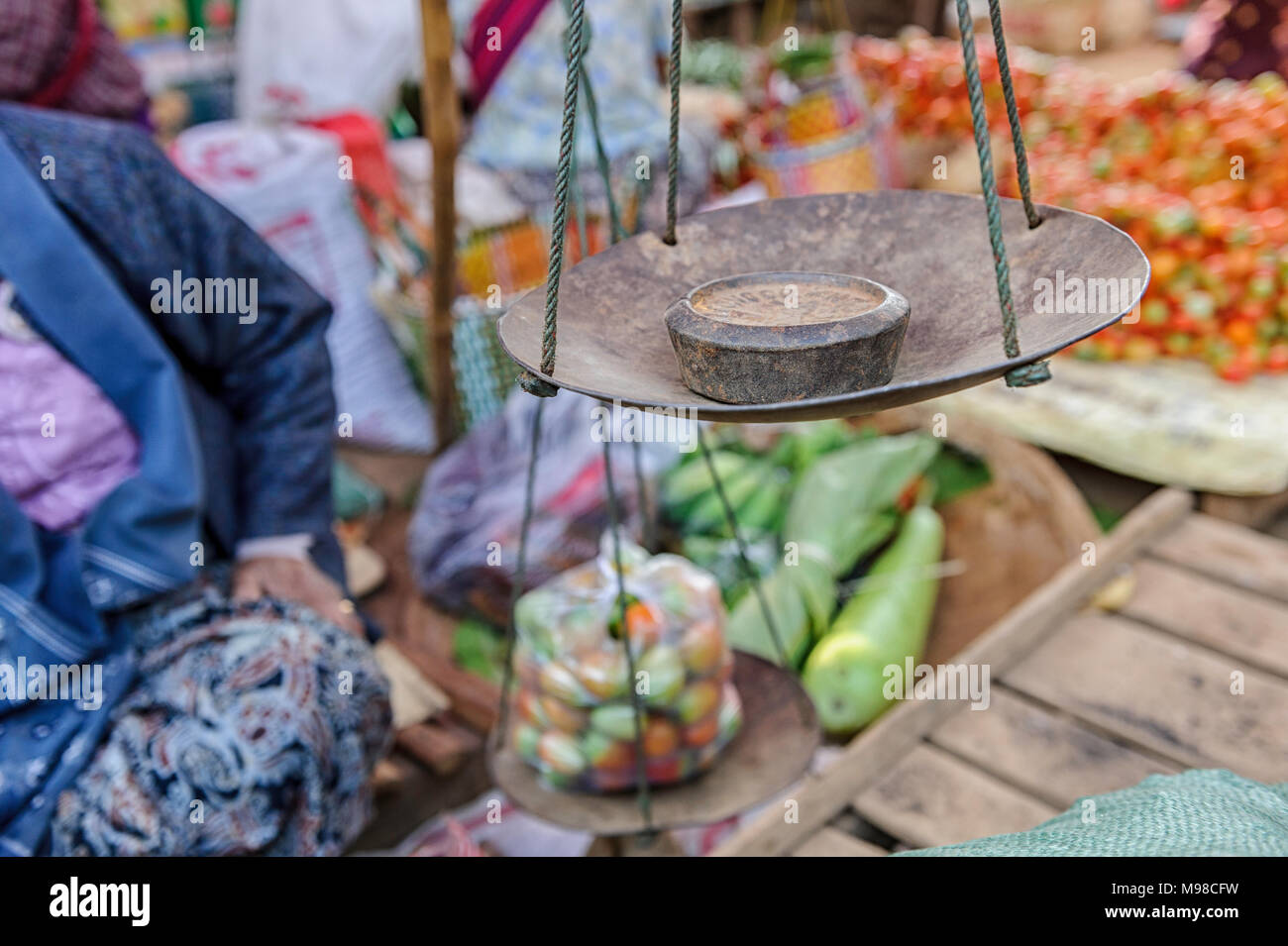 Weigh scale at the open market in Heho, Myanmar - Stock Image