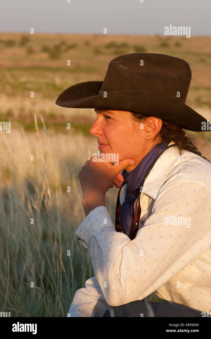 e46b858819ca5 Pretty Cowgirls Stock Photos   Pretty Cowgirls Stock Images - Alamy