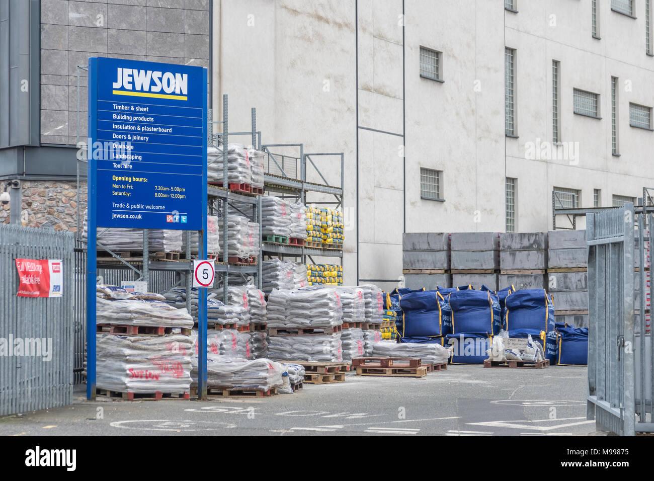 Exteior of Jewson (builderu0027s merchants / construction supplies) yard at Plymouth Devon.  sc 1 st  Alamy & Exteior of Jewson (builderu0027s merchants / construction supplies) yard ...