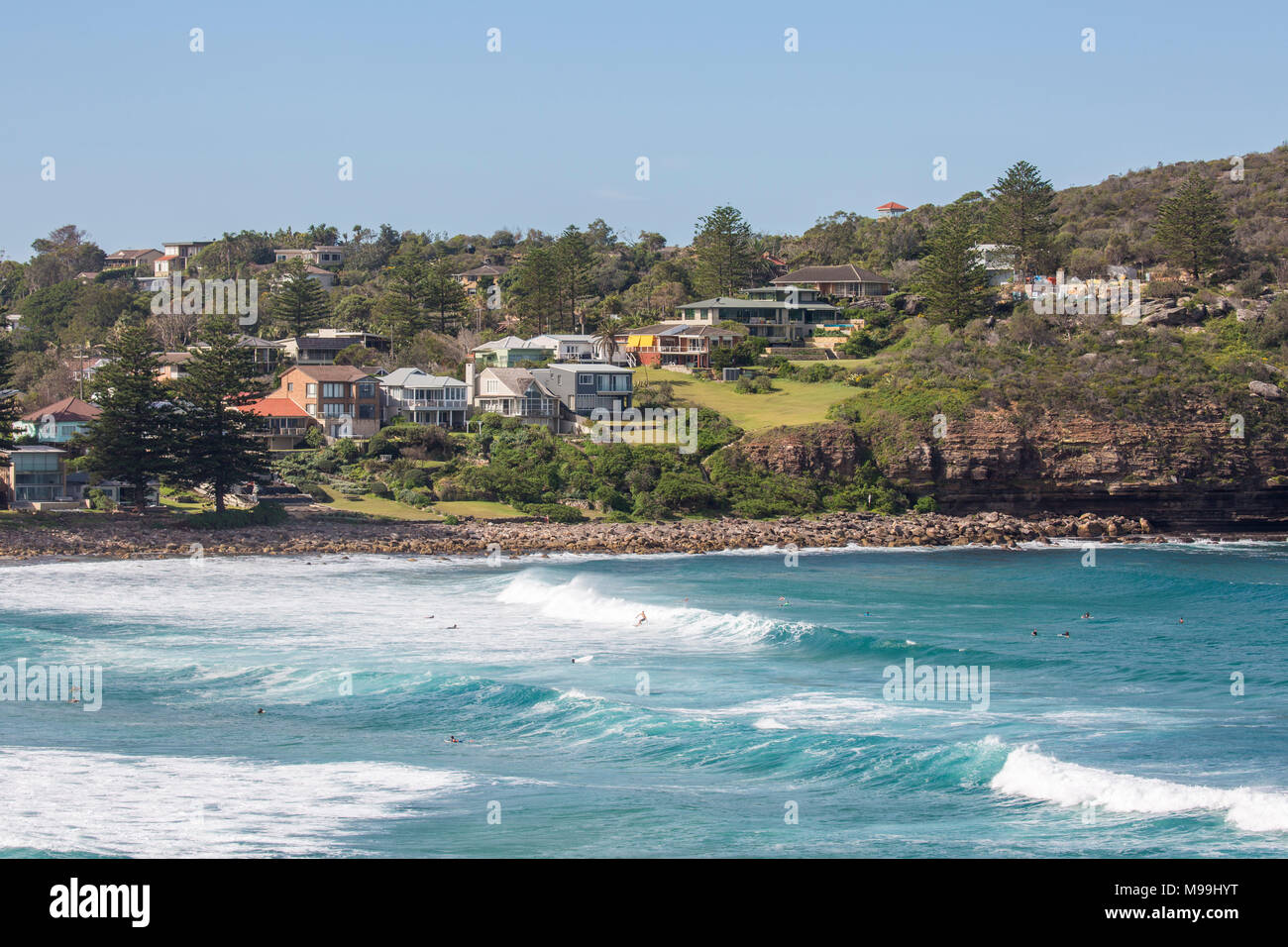 Waterfront Homes And Houses At Avalon Beach In Sydney Australia Stock Photo Alamy