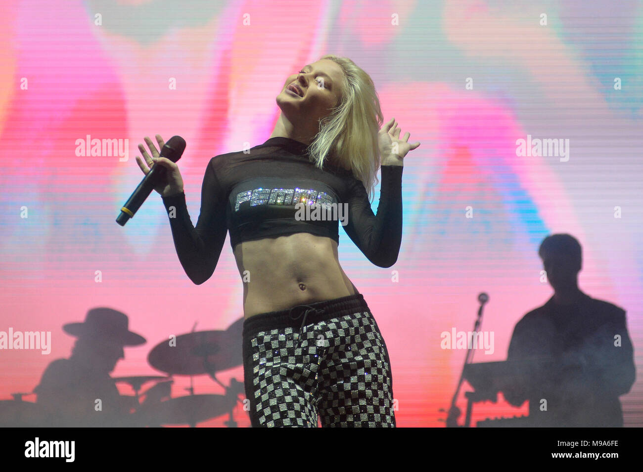 Sao Paulo, Brazil. 23rd March, 2018. Zara Larsson performs at the Lollapalooza 2018 festival, held at the Autodromo de Interlagos in São Paulo, on the afternoon of Friday, 23. (PHOTO: LEVI BIANCO/BRAZIL PHOTO PRESS) Credit: Brazil Photo Press/Alamy Live News - Stock Image