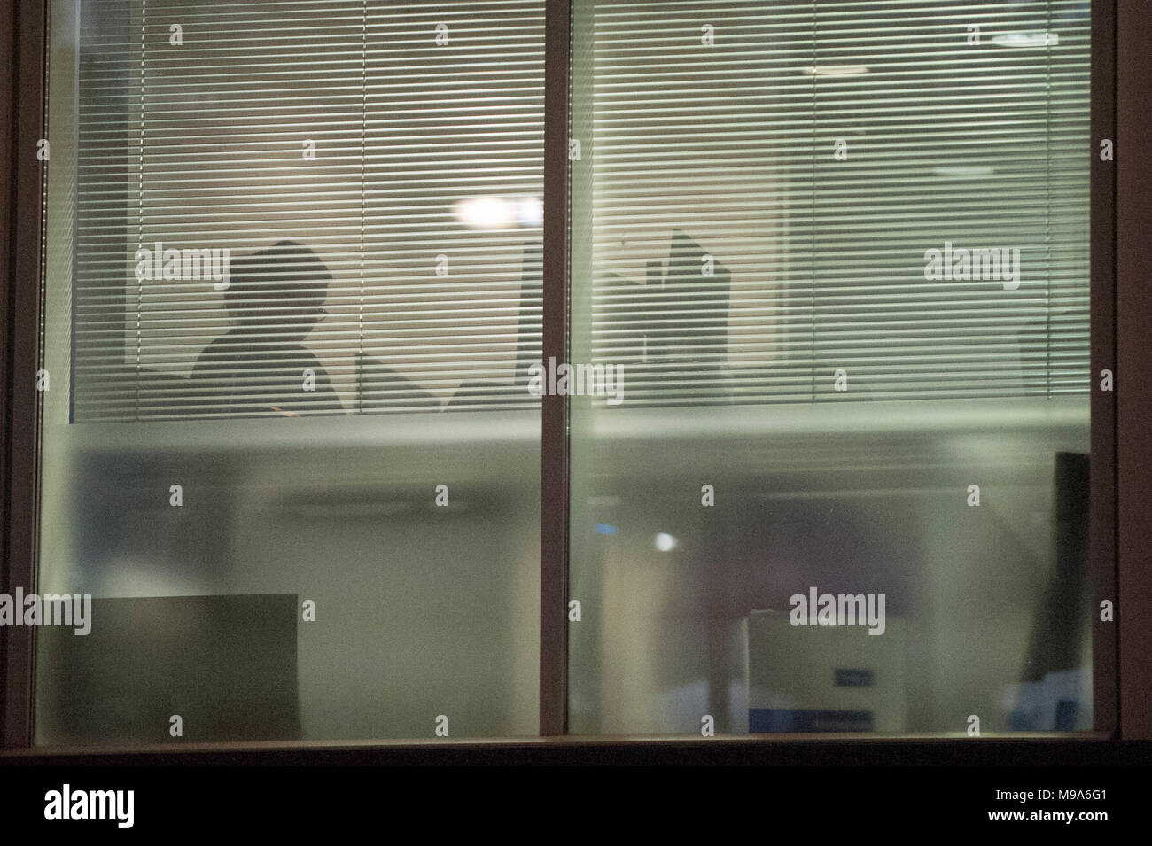 London, UK.  23 March 2018.  The UK Information Commissioner Office (ICO) search the offices of Cambridge Analytica in central London.  A court warrant to search the premises for evidence of any breaches of the Data Protection Act has just been obtained.  Cambridge Analytica, a UK based data consulting firm, has been accused of using the personal data of 50m Facebook users to influence the 2016 US presidential election.  .  Credit: Stephen Chung / Alamy Live News - Stock Image