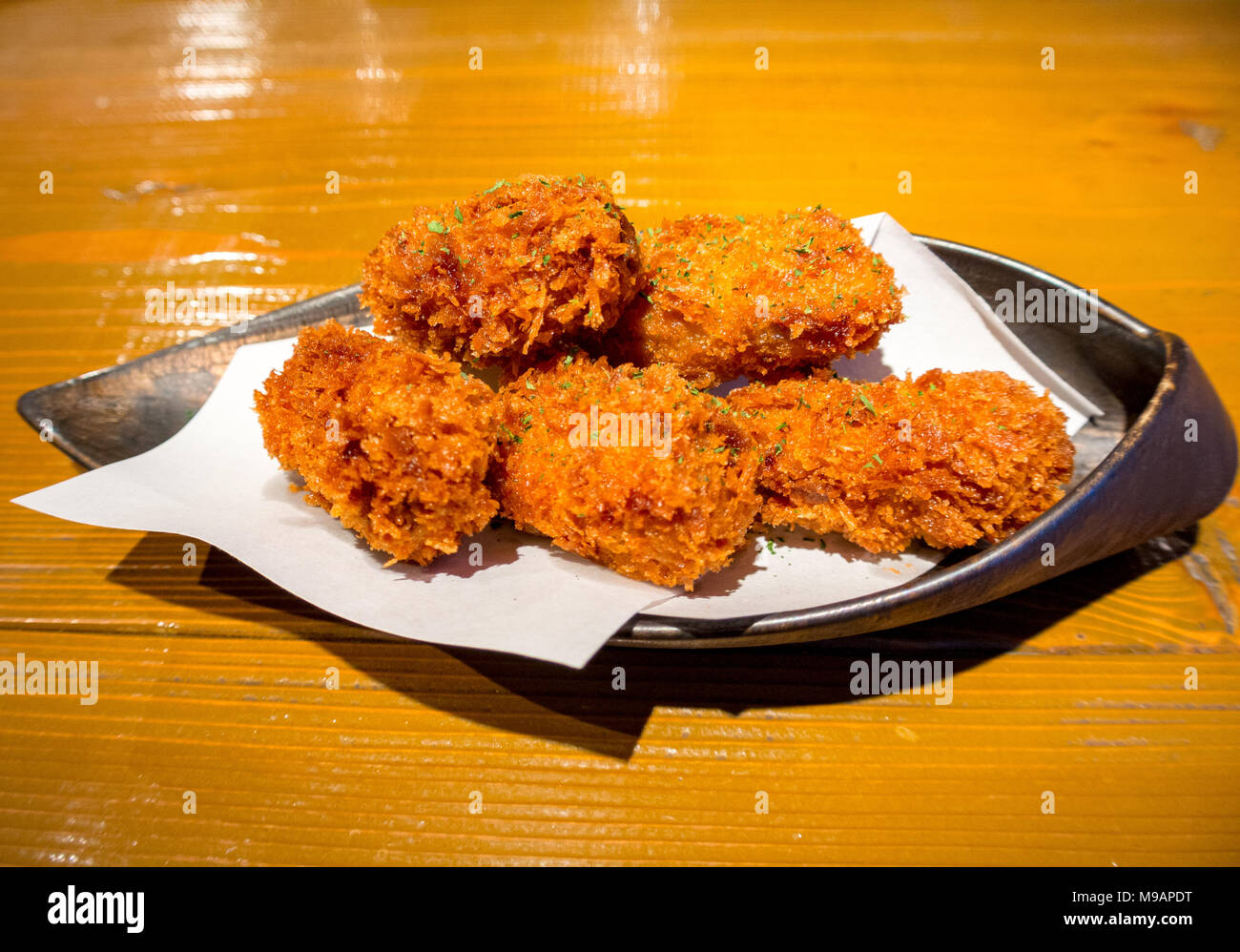 Deep fried oysters, japan - Stock Image