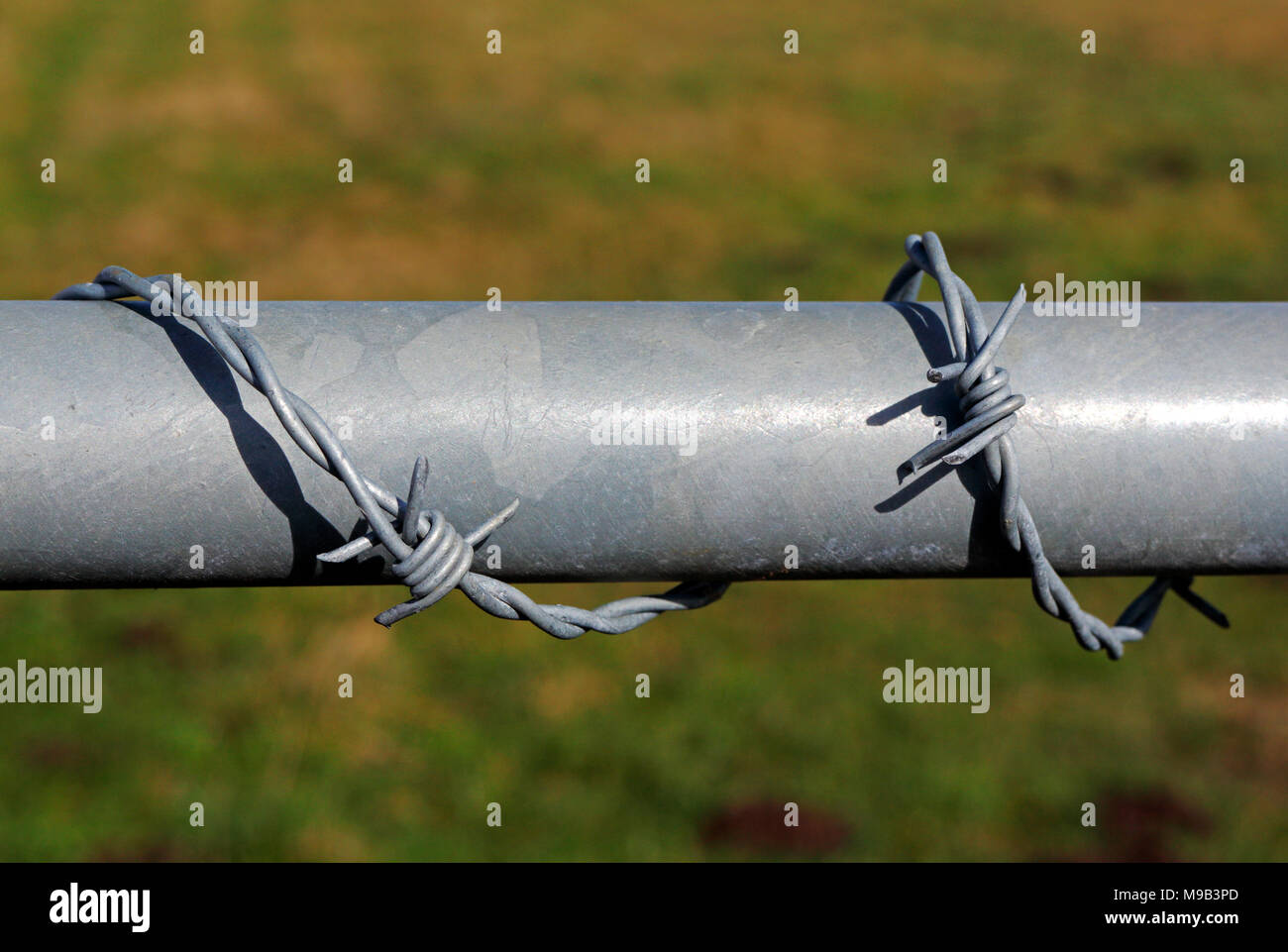 Wrapped Around Wire Stock Photos & Wrapped Around Wire Stock Images ...