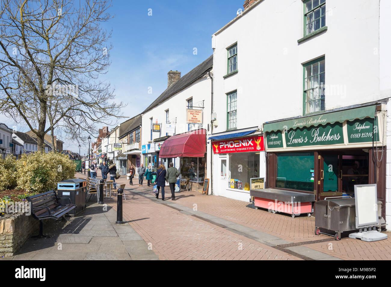 Sheep Street, Bicester, Oxfordshire, England, United Kingdom - Stock Image