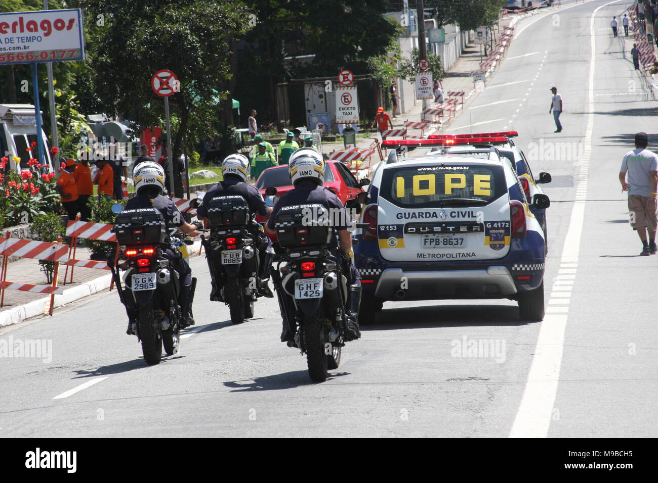 Brazil. 24th Mar, 2018. General Movement of people during the festival at Jose Carlos Pace Autodrome Interlagos. Credit: Niyi Fote/Pacific Press/Alamy Live News - Stock Image