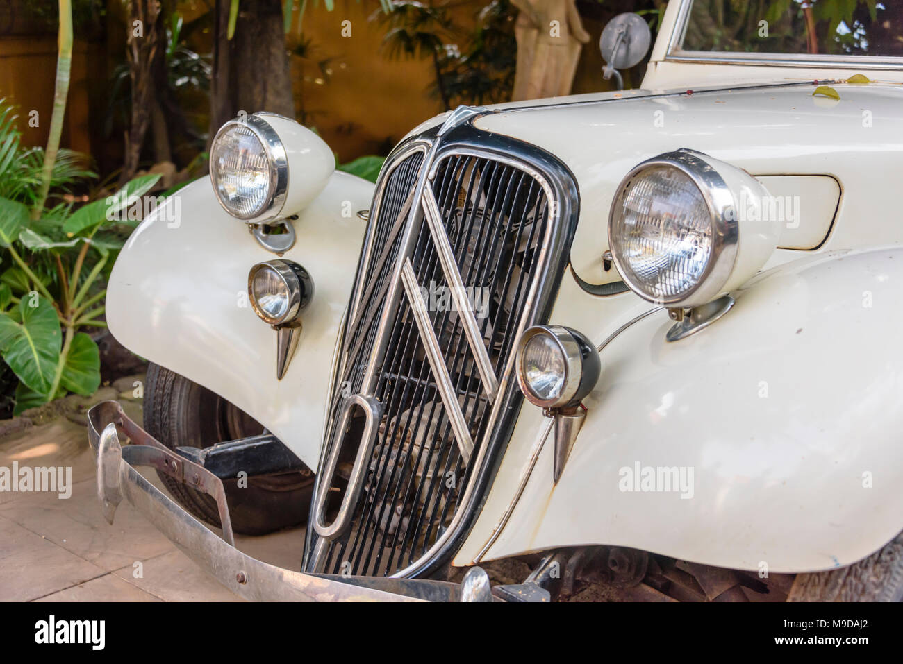 White 1934 Citroen Traction Avant, Siem Reap, Cambodia - Stock Image