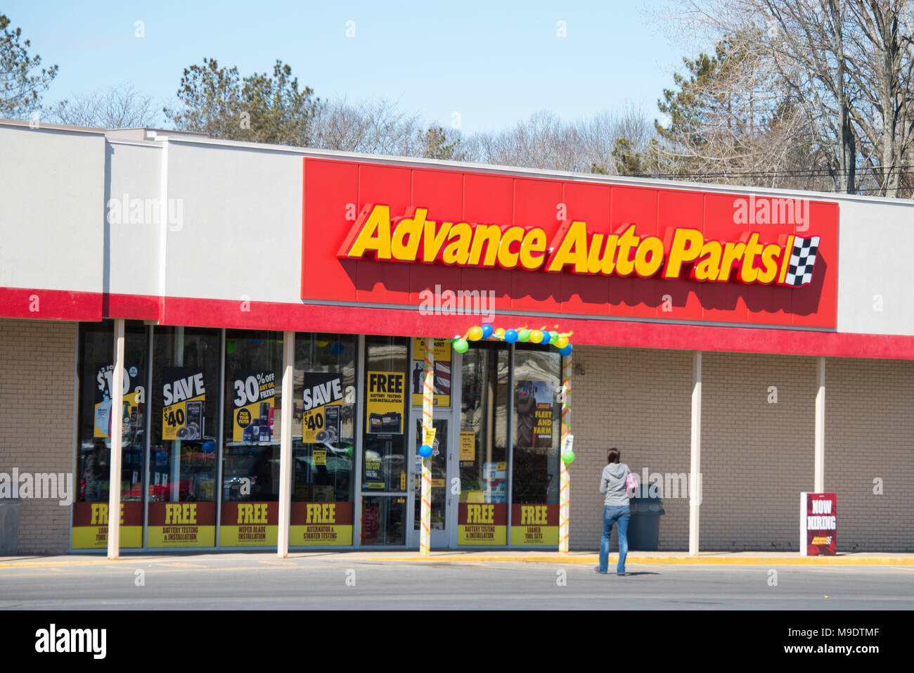 An Advance Auto Parts Store In Gloversville Ny Usa Stock