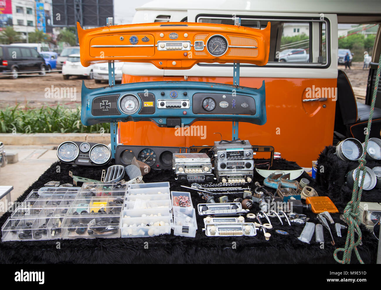 Spare Parts Store Stock Photos & Spare Parts Store Stock Images - Alamy