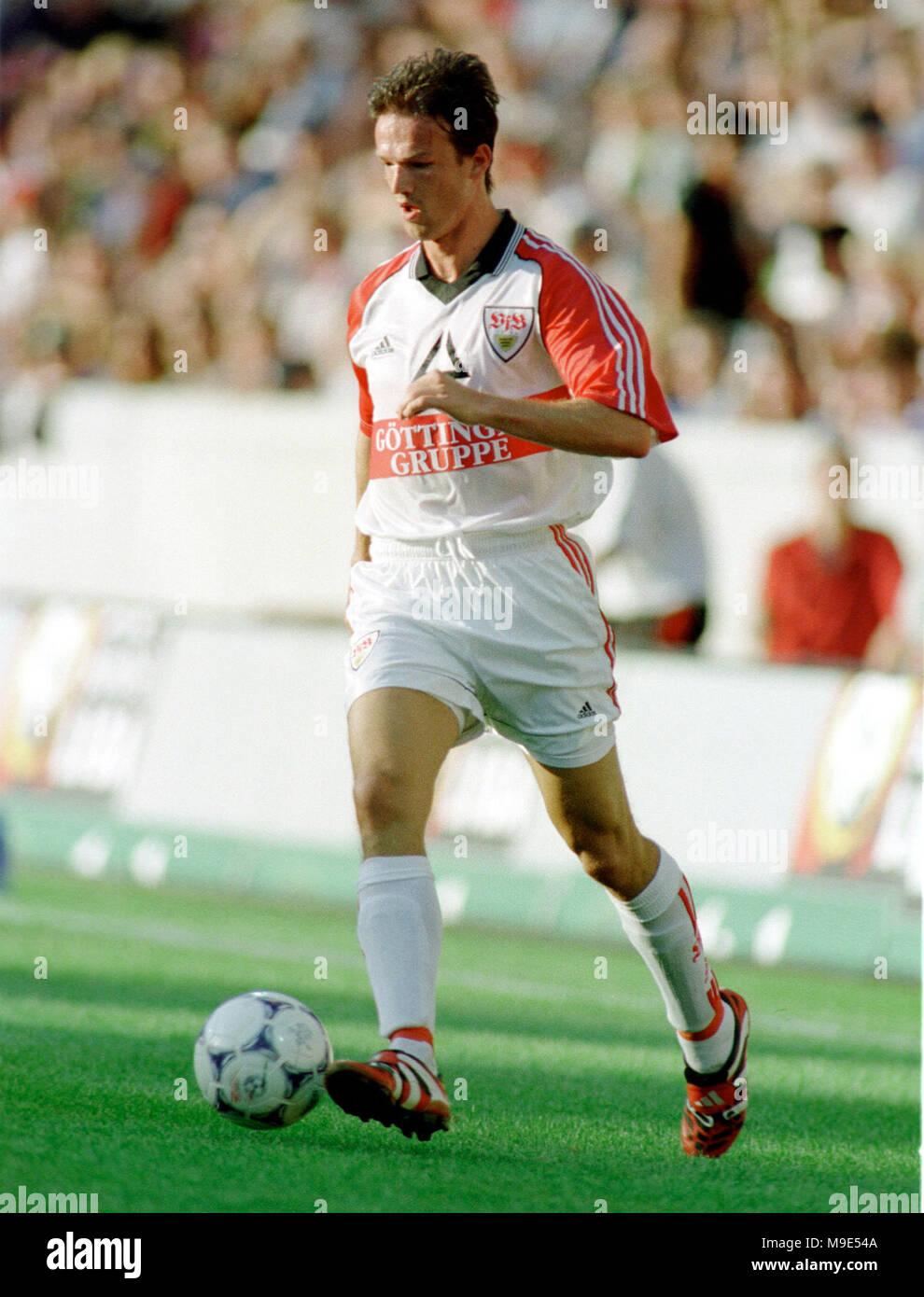 BayArena Leverkusen, Germany, 8.8.1998, German Liga-Cup Final, FC Bayern Munich vs VfB Stuttgart ---  Fredi BOBIC  (Stuttgart) - Stock Image