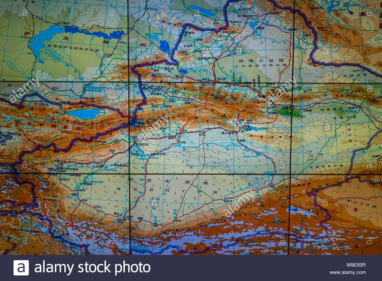 Map of the Xinjiang Uyghur Autonomous Region in nothwest China. The Deserts Of China Map on