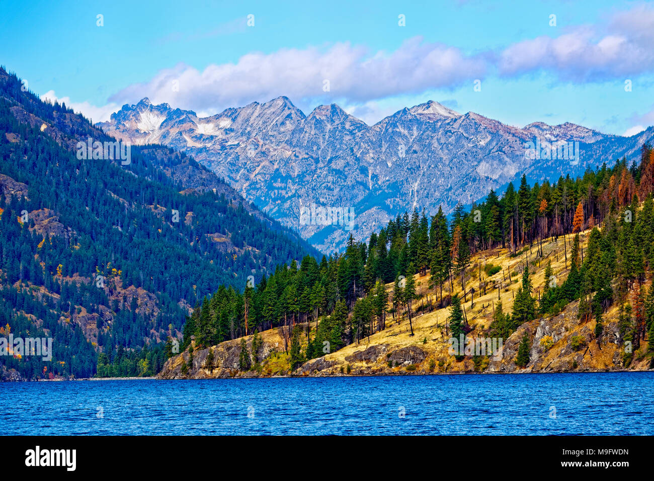 41,926.03552 dry mountains canyon, Lake Chelan, Rainbow Mountain, conifer forests - Stock Image