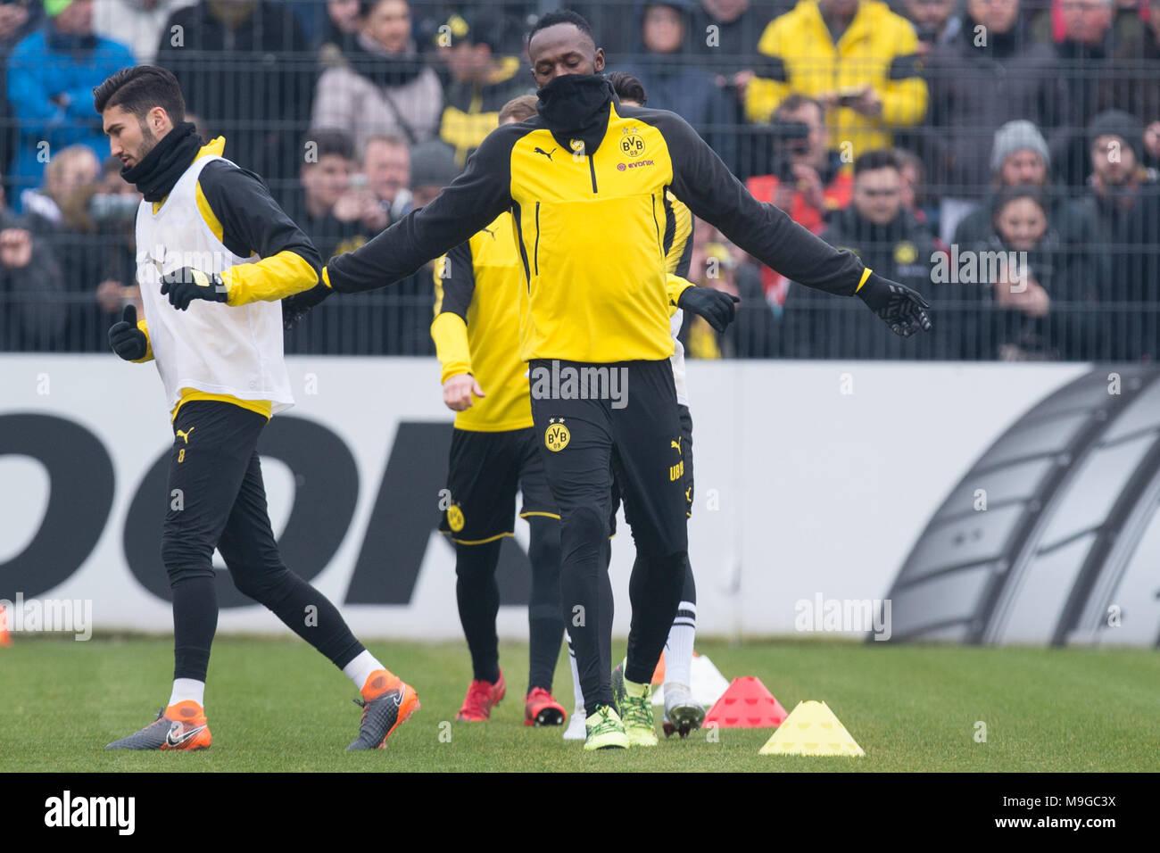 Usain BOLT (mi., ehem. Leichtathletik Profi) trainiert with den Profis des BVB, ganze Figur,  Fussball 1. Bundesliga, Training, Borussia Dortmund (DO) am 23.03.2018 in Dortmund/ Germany.  |usage worldwide - Stock Image