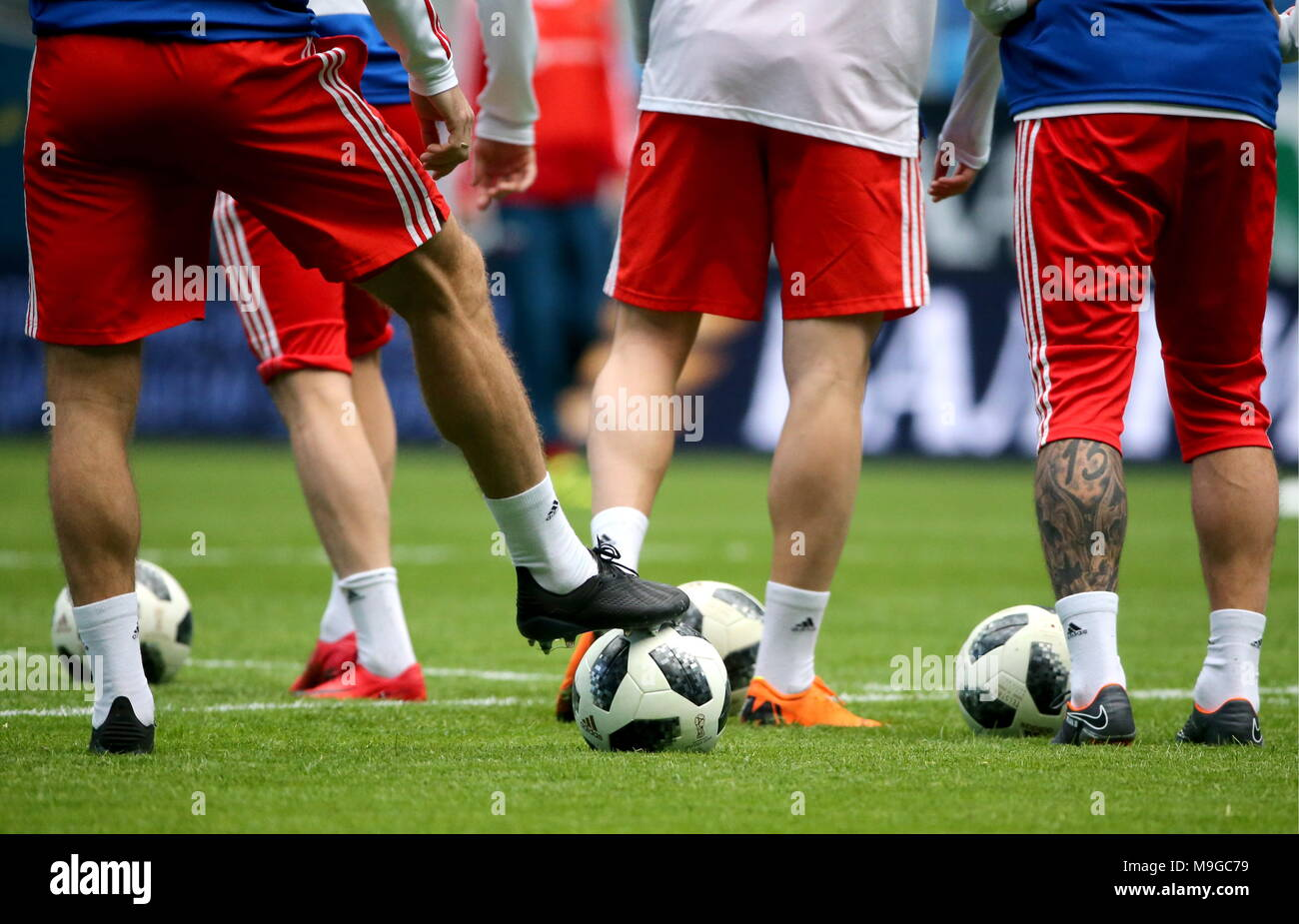 St Petersburg, Russia. 26th Mar, 2018. ST PETERSBURG, RUSSIA - MARCH 26, 2018: Members of the Russian men's national football team training for a friendly match against France at Saint Petersburg Stadium. Alexander Demianchuk/TASS Credit: ITAR-TASS News Agency/Alamy Live News - Stock Image