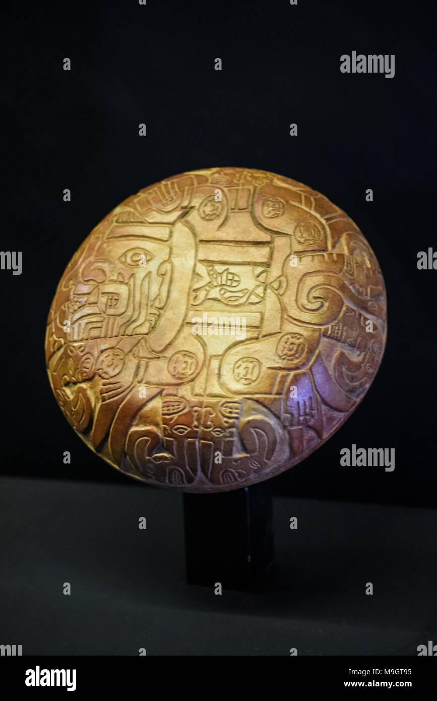 Peruvian pottery from kuntur wasi, chavin and cupisnique era. - Stock Image