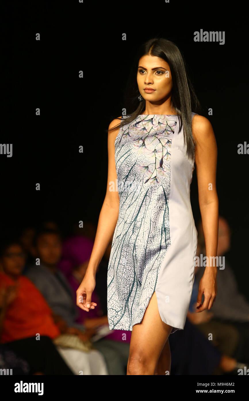 Sri Lanka 25th Mar 2018 A Model Presents A Creation By Fashion Designer Achala Lee Koh