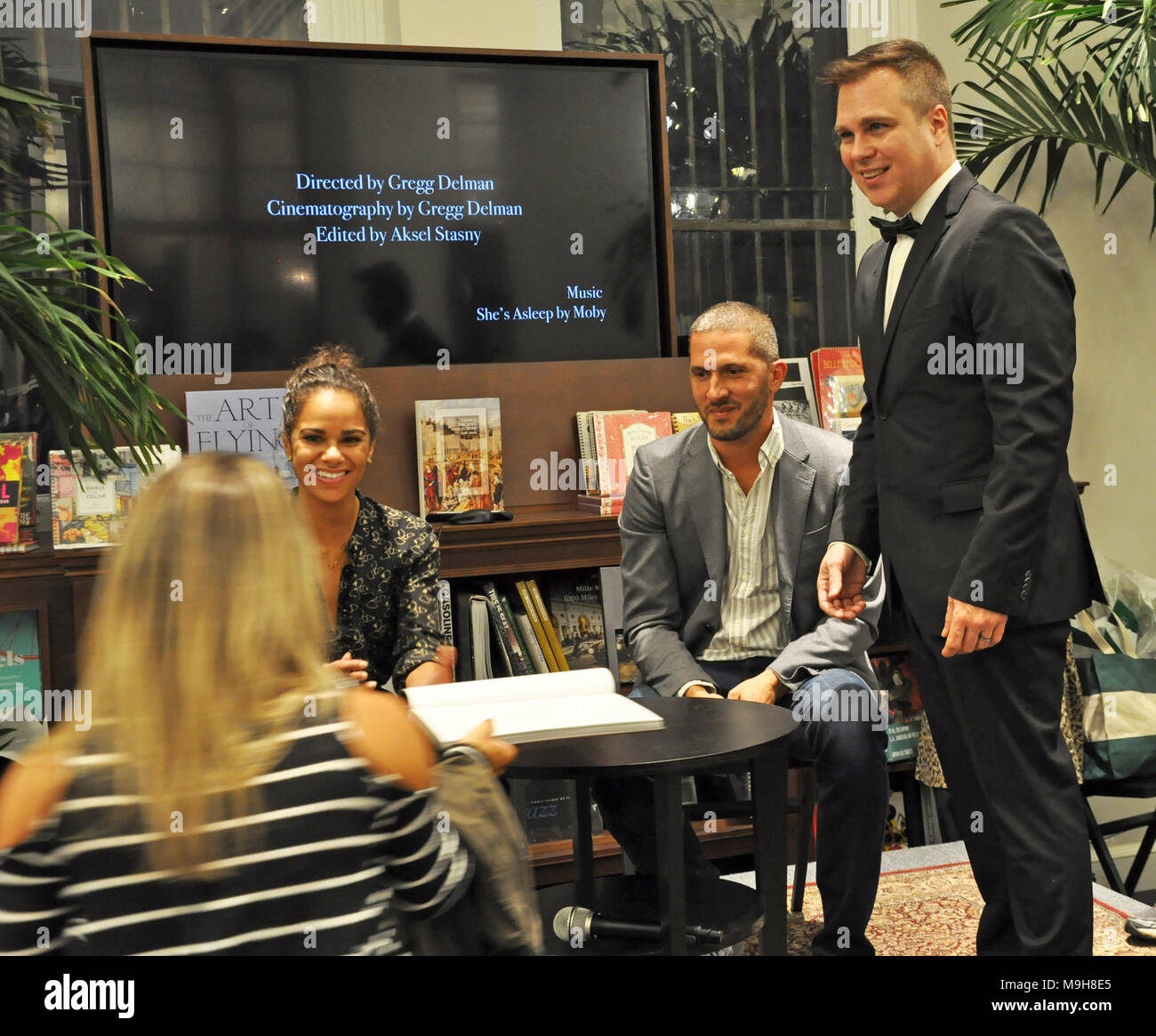 Rizzoli Bookstore, New York, NY. New York. Misty Copeland greets fans at a book signing. September 26 2016. @ Veronica Bruno / Alamy - Stock Image