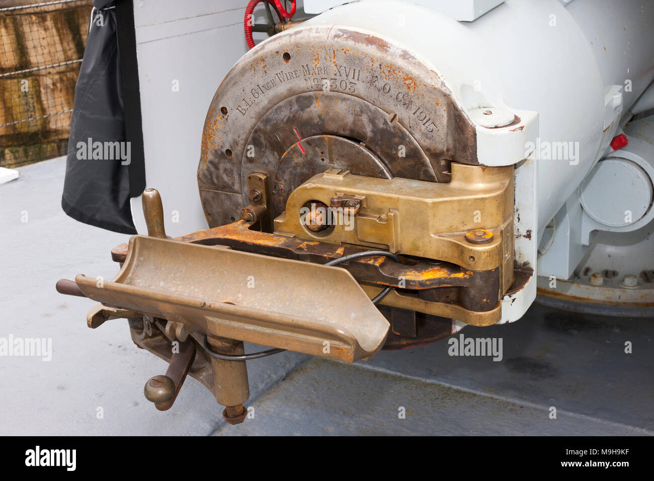 Breech on one of the wire 6 inch (152mm) guns of HMS M.33; a British M29 class Monitor warship from World War I. Portsmouth Historic Dockyard. UK (95) - Stock Image