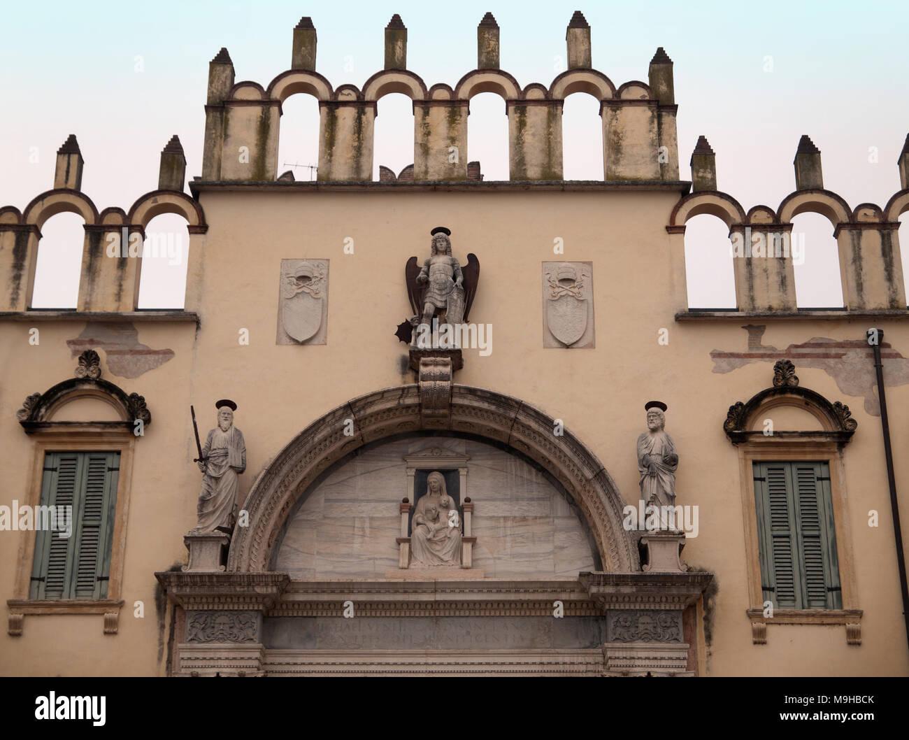 A beautiful and symmetrical ecclesiastical facade in Verona - Stock Image