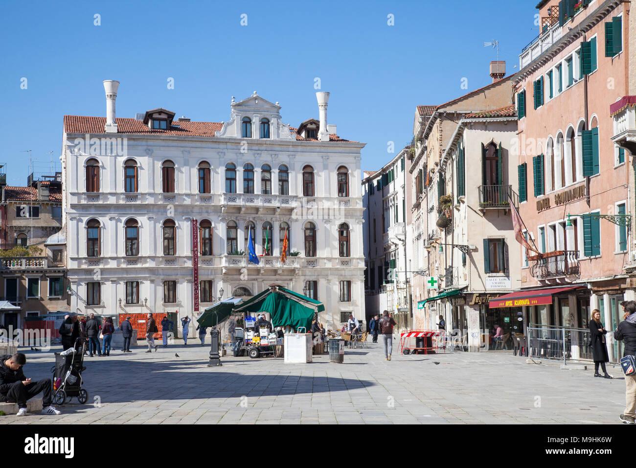 Campo Santa Maria Formosa, Castello, Venice, Veneto, Italy with Palazzo Priuli Ruzzini - Stock Image