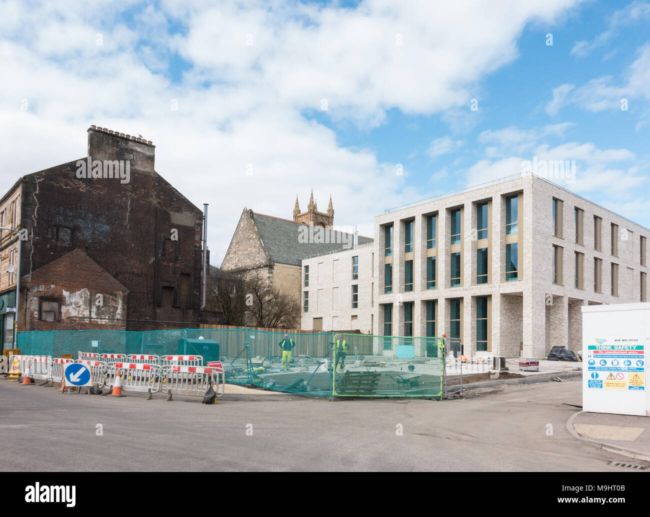new West Dunbartonshire council's Dumbarton town centre offices during construction, Dumbarton, Scotland, UK - Stock Image