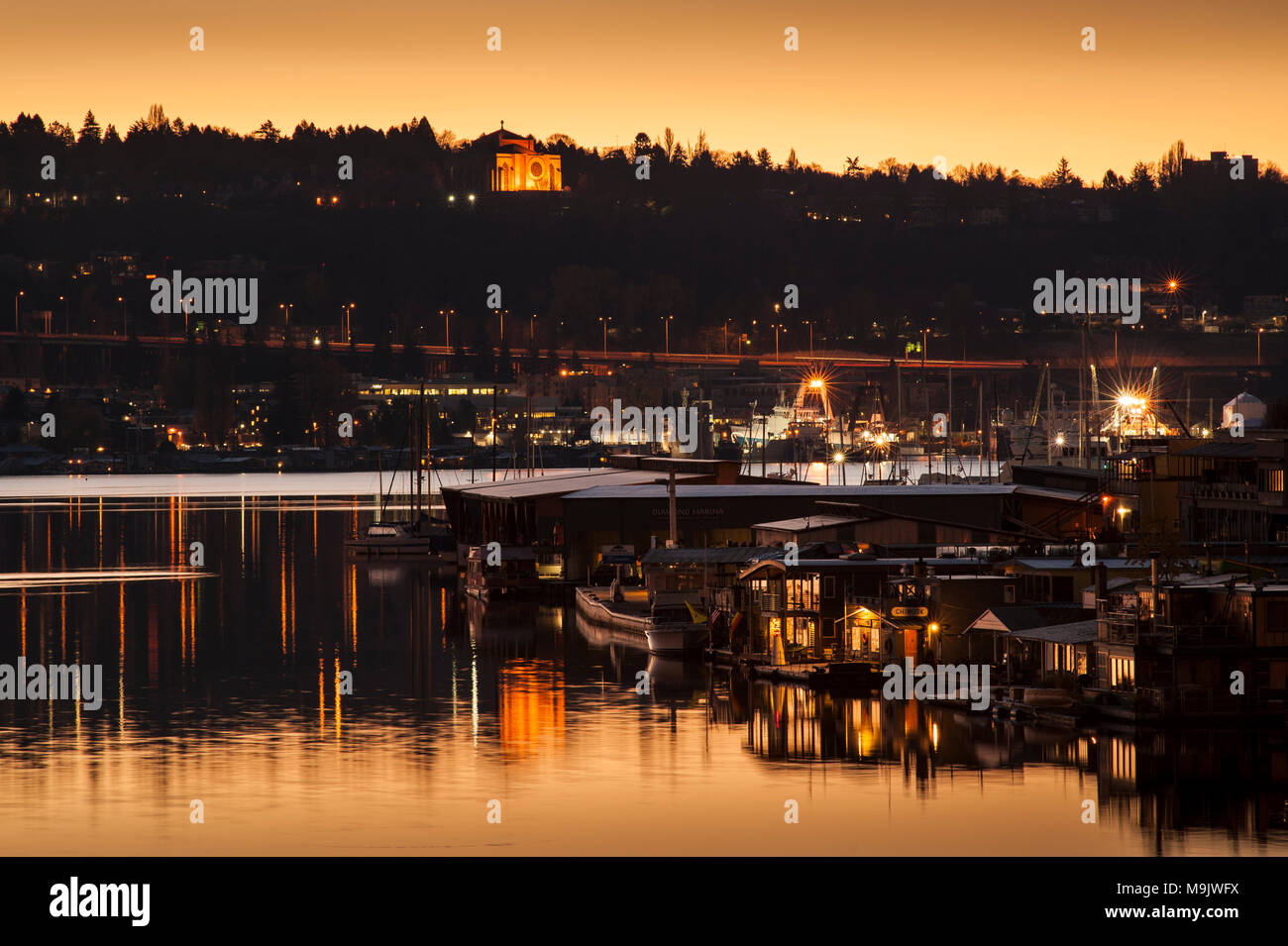 Sunrise Lake Union With Calm Waters And Boats Houseboat