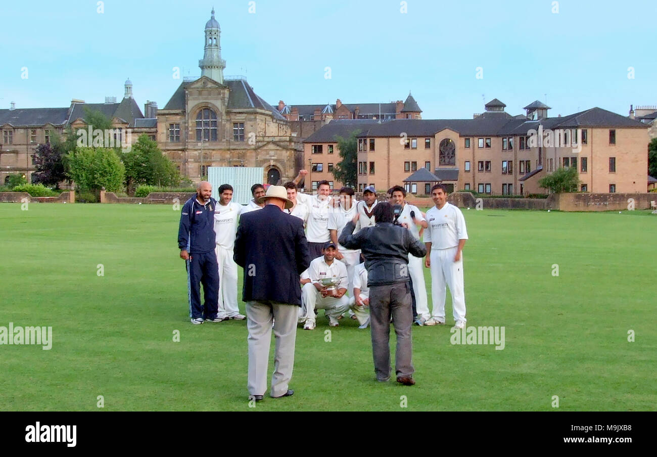 w.s.c.c rowan cup final West of Scotland   verses  Clydesdale cricket club 23 july 2010 cricket match  peel street  Hamilton Crescent,  Partick - Stock Image